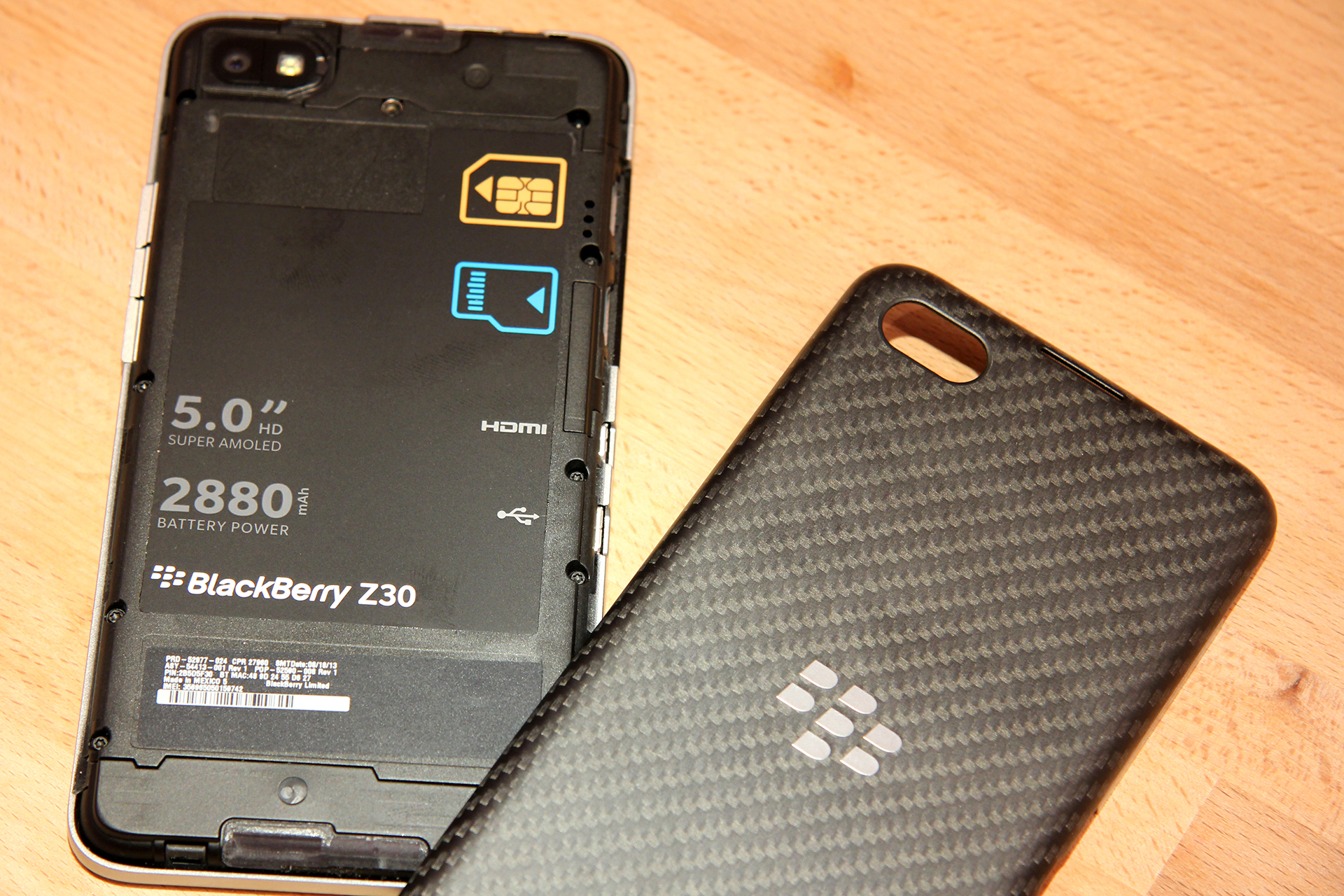 Blackberry Z30 (White/Black) Battery Replacement